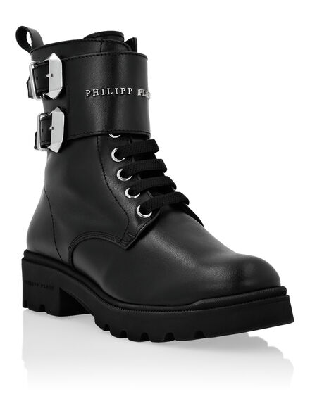 Boots Mid Flat Istitutional